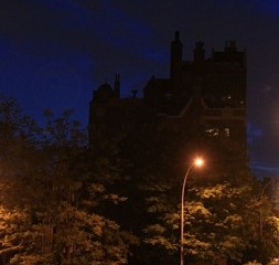 Éclairage des rues de Montréal.