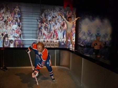 Une joute de hockey présentée par le Musée Grévin de Montréal. Photographie par Megan Jorgensen.