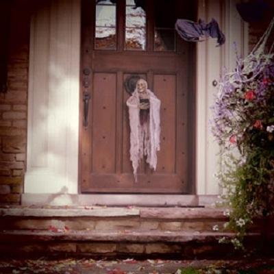 faire confiance c'est se destiner à être trompée (France Théoret, écrivaine québécoise). Photo : Megan Jorgensen.