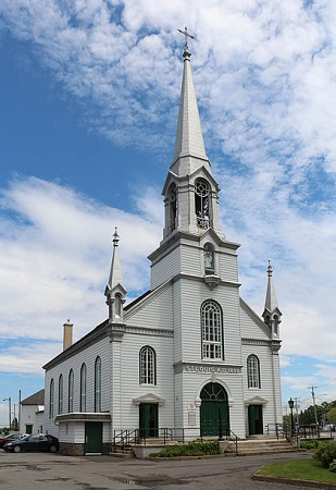 Église Saint-Louis-de-Gonzague, quartier Pintendre de Lévis. Source de la photographie : Auteur : Bernard Gagnon.https://commons.wikimedia.org/wiki/File:%C3%89glise_Saint-Louis_de_Gonzague_01.jpg.