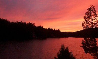 Lac Clair, situé sur le territoire de St-David-de-Falardeau. Source de l'image : Site Web de la municipalité. Image libre de droits.