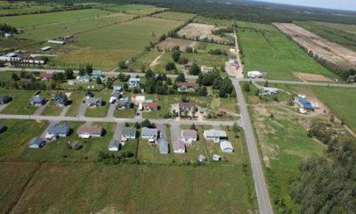Vue aérienne de la municipalité de paroisse de Saint-Rosaire. Source de la photographie : Site Web de Saint-Rosaire.