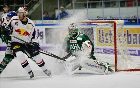 Hockey https://pixabay.com/fr/photos/hockey-sur-glace-sport-puck-jouer-4381206/