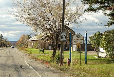 Municipalité de Notre-Dame-de-Bonsecours. Source de la photographie : commons.wikimedia.org/wiki/File:Notre-Dame-de-Bonsecours.jpg. Auteur : P199.