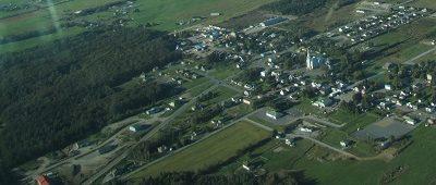 Vue aérienne de Saints-Anges. Source de l'image : Site Web de la municipalité.
