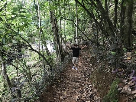 Un Canadien en retraite au Costa-rica. Photographie de GrandQuebec.com.