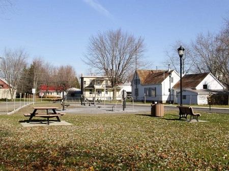 Parc des Copains de la municipalité d'Henryville. Source de l'image : Site Web de la municipalité.