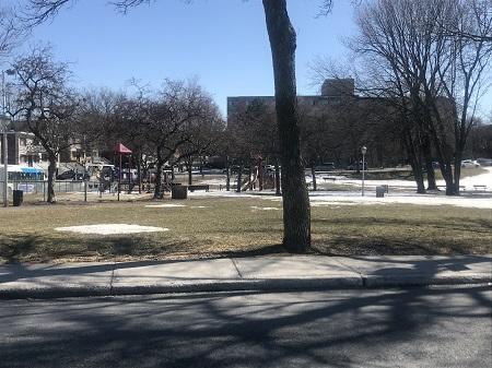 Parc Lomer Gouin.  Photo de GrandQuebec.com.