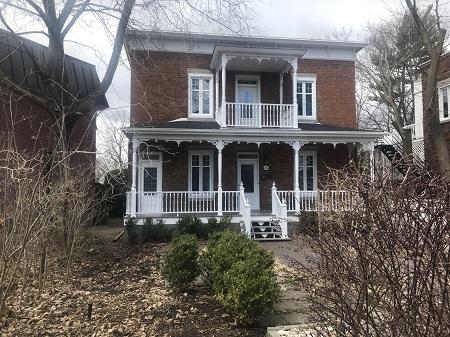 Maison au 1413, boulevard Gouin Ouest. Photo de GrandQuebec.com.