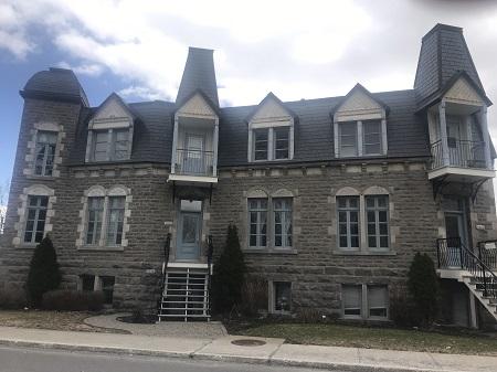 1558, boulevard Gouin Ouest. Photo de GrandQuebec.com.
