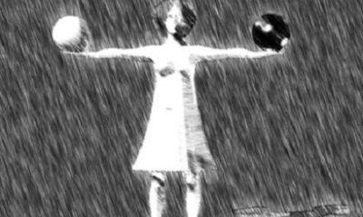 « Une civilisation ne s'écroule pas comme un édifice, on dirait beaucoup plus exactement qu'elle se vide peu à peu de sa substance jusqu'à ce qu'il n'en reste plus que l'écorce. On pourrait dire plus exactement encore qu'une civilisation disparaît avec l'espèce d'homme, le type d'humanité sorti d'elle. » (Georges Bernanos, écrivain français, né en 1888 et décédé en 1948). Illustration : Megan Jorgensen.