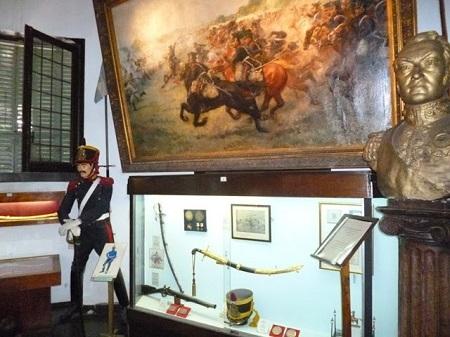 grand tableau représentant une bataille.