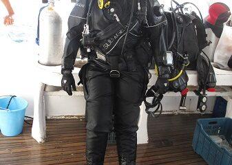Une belle plongeuse avant de partir à la découverte des lacs et des rivières. Photo de GrandQuebec.com.