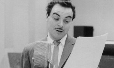 Henri Bergeron anime l'émission «Vie de femmes», en 1959. Source de la photo: Radio-Canada, auteur Henri Paul.