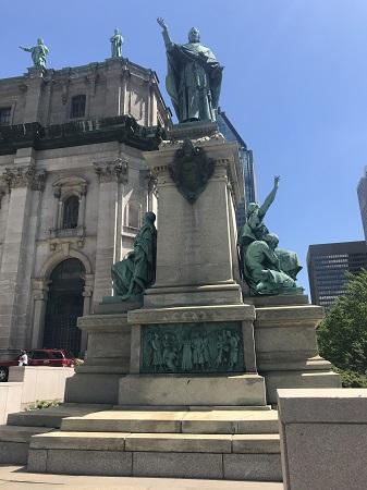 Monument à Mgr Ignace Bourget. Photo de Megan Jorgensen.