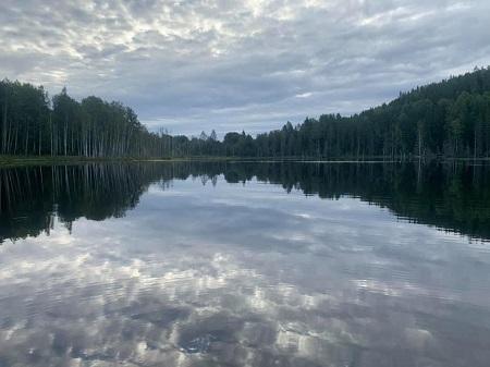 Un lac de la Côte-Nord. Photo de Nina Boer.