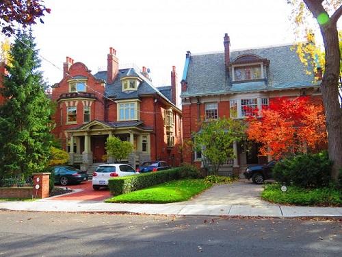 Une maison à proximité de Mount Pleasant Road, une artère qui traverse le quartier. Photo de Megan Jorgensen.