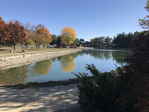 Lac Saint-Vincent-de-Paul, Centre de la Nature de Laval.  Photo de GrandQuebec.com.