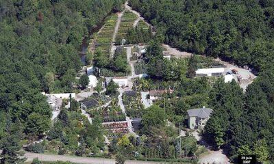 Vue aérienne du jardin Au Jardin de Jean-Pierre. Source de la photo : Site Web de la municipalité.