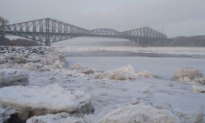 Les ponts de Québec en hiver. Photo d'Anatloy Vorobyev.