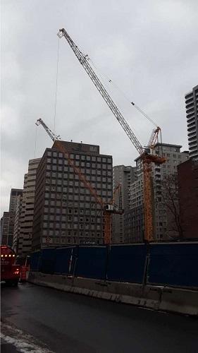 Constructions à Montréal. Photo de GrandQuébec.com.