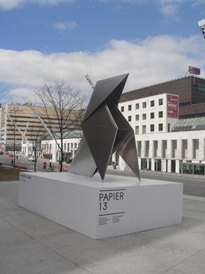 Papier 13. Foire d'art contemporain d'œuvres sur papier. Photo : © GrandQuebec.com.