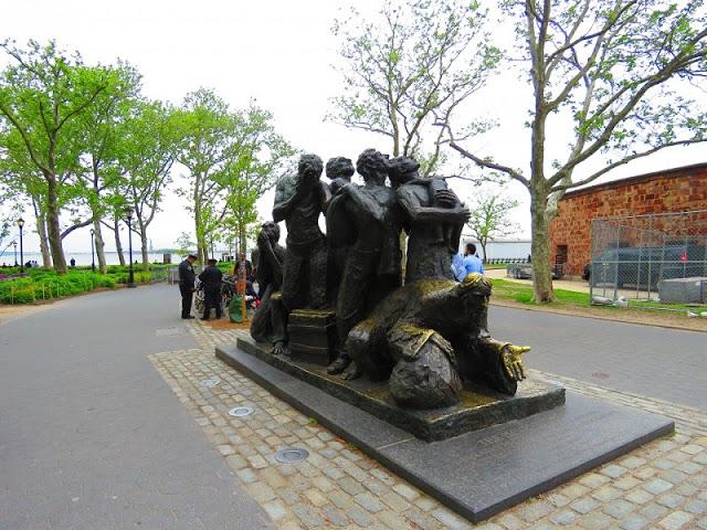 Mémorial à l'immigration à New York. Image de GrandQuebec.com.