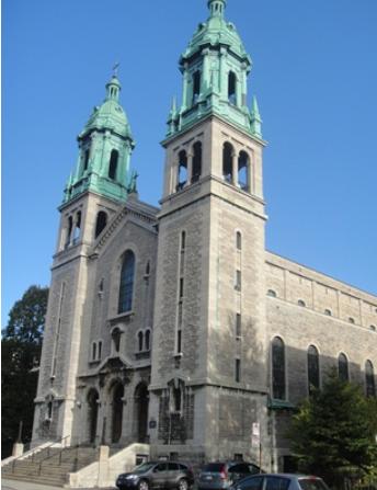 Église Parole de Vie. 2330, rue Sainte-Catherine E, Montréal, QC H2K 2J4. Téléphone : 514-989-1083. Photo : © GrandQuebec.com.