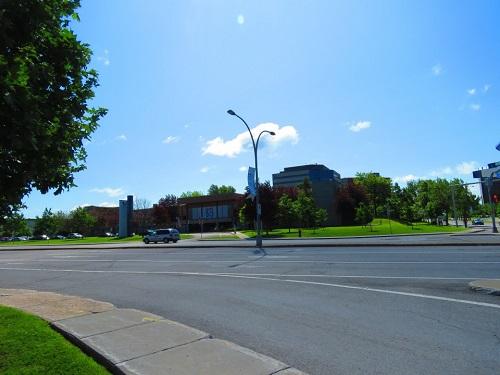 Hôtel de ville de Laval