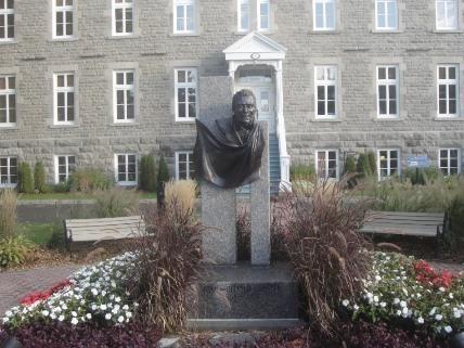 Monument à Chénier