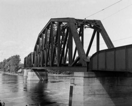 Pont ferroviaire entre Pierrefonds-Roxboro et Laval