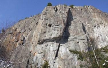 Mont Larose Site Weir