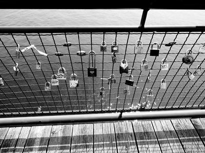 Cadenas en mai. Pont de cadenas, Vieux-Port de Montréal