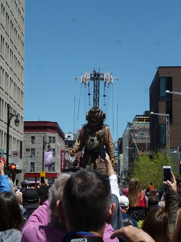 scaphandrier géant