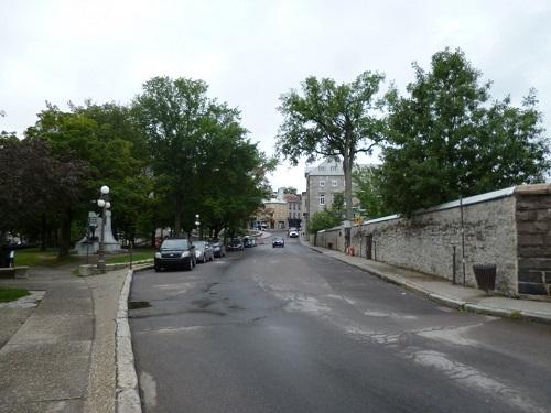 Rue du Port Dauphine