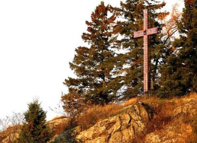 Croix illuminée