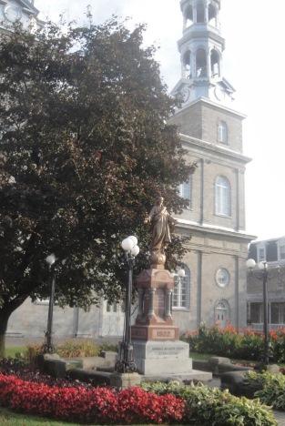 Monument de Sacré Coeur