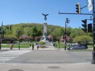 Monument Sir Cartier