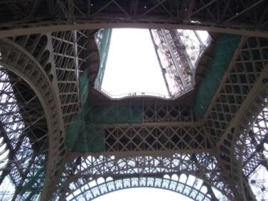 La tour Eiffel. Photographie de GrandQuebec.com.