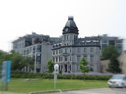 édifice des commissaires