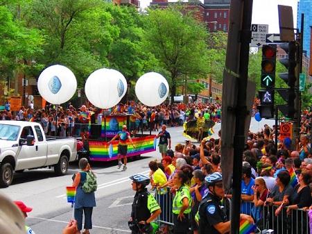 rencontre gratuite gay parade a Saint Joseph