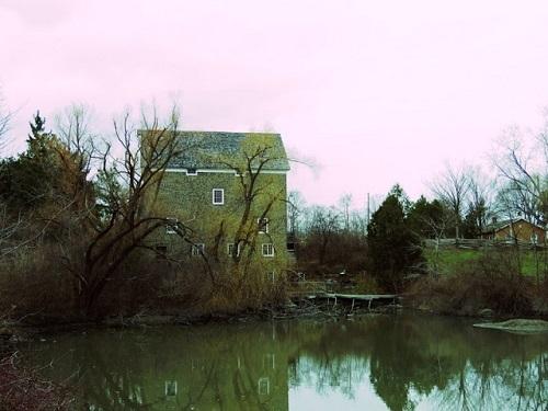 Moulin Roblin (Roblin's mill). Photo de Megan Jorgensen.