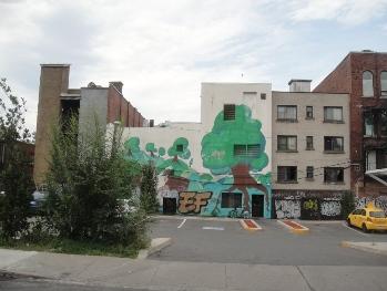 arbre sur le mur plateau