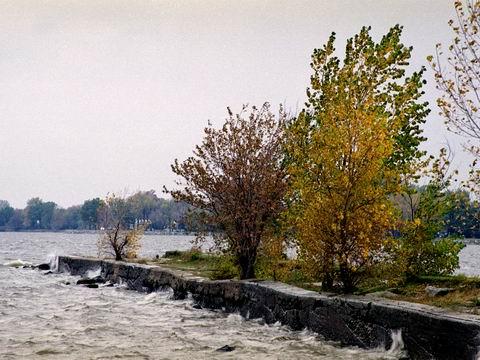 automne au québec et riviere