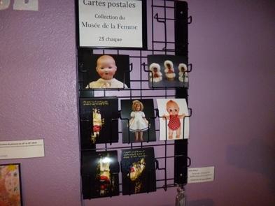 cartes postales poupées