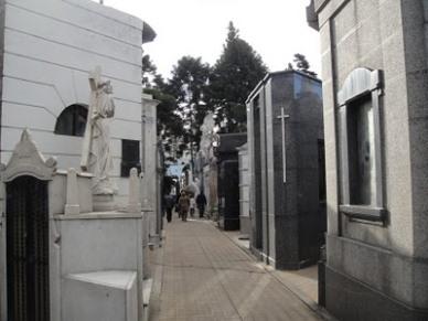 cementerio calle