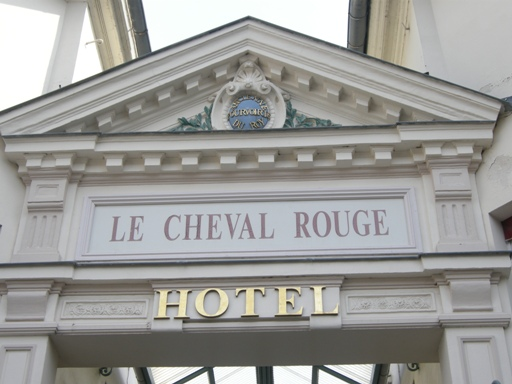 hotel cheval rouge