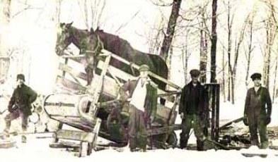 corvée coupe de bois