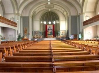 intérieur église st louis de courville