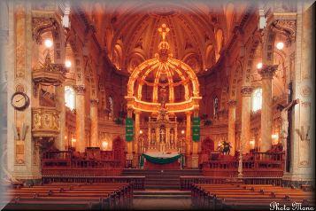 intérieur de l'église de trois pistoles